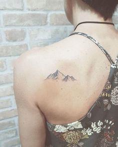 Lets Climb High - Wild Tattoo Art - Anna Kramer - 125 Best Mountain Tattoos! Lets Climb High - Wild Tattoo Art Mountain Tattoos! Lets Climb High . Small Mountain Tattoo, Mountain Range Tattoo, Geometric Mountain Tattoo, Geometric Tattoos, Mountain Art, Arm Tattoos For Women, Tattoos For Guys, Cute Tattoos, Small Tattoos