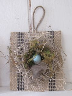 Burlap with nest orn.