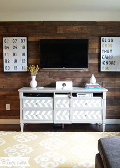 Repinned:  Make a $20 Pallet Wall I would love to be able to do this in our living room.