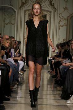 Francesco Scognamiglio #MFW #Fashion #RTW #SS14 http://nwf.sh/16cuDc2