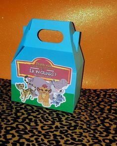León guarda cajas inspirados en el Rey León por PishPoshPartique