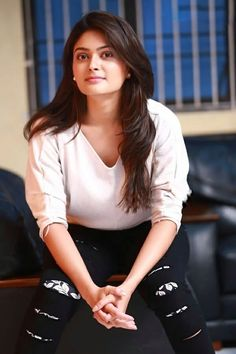 Vaibhavi Shandilya Cute HD Images And Latest Best Wallpapers - TamilScraps.com