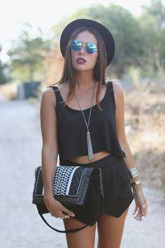 summer music festival fashion in all black