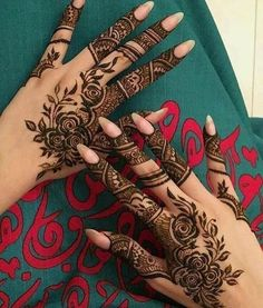 Mehndi design is one of the most authentic arts for girls. The ladies who want to decorate their hands with the best mehndi designs. Finger Henna Designs, Mehndi Designs For Girls, Arabic Henna Designs, Modern Mehndi Designs, Mehndi Designs For Fingers, Mehndi Design Photos, Wedding Mehndi Designs, Beautiful Mehndi Design, Henna Tattoo Designs