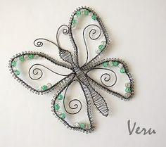 Drátování Veru: dubna 2014 Copper Wire Art, Copper Wire Jewelry, Funky Jewelry, Jewelry Tree, Wire Wrapped Jewelry, Diy Jewelry, Jewelery, Butterfly Drawing, Butterfly Wall Art