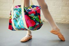 This Ruffle Duffle Bag looks so simple to make!  Great tutorial.