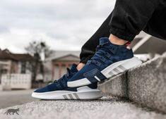 Join the club typed basketball clothes Camo Shoes, Men's Shoes, Shoe Boots, Me Too Shoes, Reebok, Tenis Casual, Casual Shoes, Tenis Diesel, Vans Old Skool