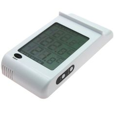 Large digital max min thermometer with large easy to read display which shows minimum, maximum and current temperature simultaneously. Suitable for outdoor and indoor use in a white casing and complete with battery included