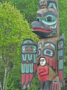 Tlingit totem poles at Saxman Village near Ketchikan Alaska Totem Pole Art, Totem Poles, Alaska Northern Lights, Native American Totem, Pacific Northwest, Pacific Coast, Ketchikan Alaska, Tlingit, Masks Art