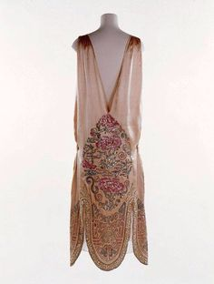 Norman Hartel evening gown, circa 1924.