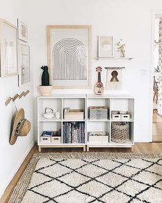bedroom storage ideas for small spaces . bedroom storage for small rooms . bedroom storage ideas for clothes . Entryway Wall Decor, Entryway Lighting, Entryway Ideas, Entryway Tables, Muebles Living, Boho Living Room, Simple Living Room Decor, Living Rooms, My New Room