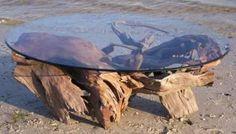 Mobiliario ecológico a base de árboles caidos
