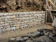 """Résultat de recherche d'images pour """"mur soutenement en pierre seche"""""""