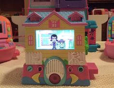 Pixel Chix babysitter virtual dollhouse. The house has real 3D elements and furniture. A virtual girl and baby are projected into the 3D scene and they interact with it. Very cute game!