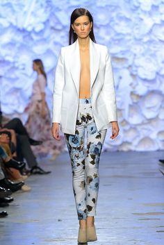Szpilki Kazar na wybiegu BIZUU #collection #designer #moda #style #shoes #boots #Fashion #szpilki
