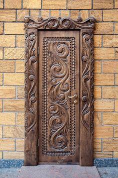 Výsledok vyhľadávania obrázkov pre dopyt резные деревянные двери vk