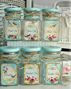 10 Aware Clever Tips: Shabby Chic Blue Bedroom shabby chic white diy.Shabby Chic Desk Old Doors shabby chic bathroom printables. Shabby Chic Mode, Style Shabby Chic, Shabby Chic Vintage, Shabby Chic Crafts, Shabby Chic Farmhouse, Shabby Chic Living Room, Shabby Chic Decor, Vintage Style, Shabby Chic Jars