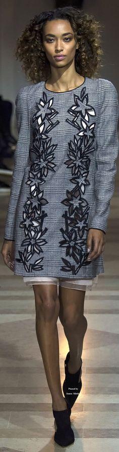 Carolina Herrera Collection Fall 2016 Ready-to-Wear~ヮ゚。ᄽᄿ*:・゚✧