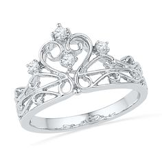 A Father gives his daughter this ring for her 16th birthday (when dating is officially allowed) to wear on her left ring finger--to remind her that she will always be HIS little Princess first-- and to remind her to only date boys who will treat her like a Queen