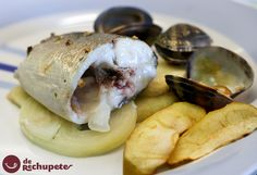 Lubina al horno con patatas y manzana - Recetasderechupete.com