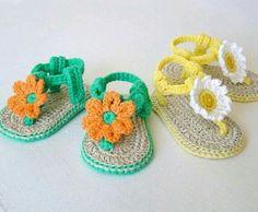Sandalia de croche para bebes.