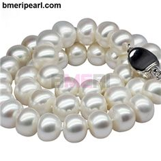 faux pearl necklace choker. Designs like Luxe are very suitable along with weddings dresses specially.You can choose a pearl necklace by its wearing style also. There are 6 different styles of wearing pearl necklaces prevalent in the current fashion arena. These are namely collar, choker, matinee, princess, opera and rope.visit: www.bmeripearl.com
