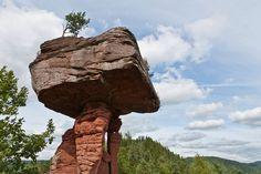 Naturwunder in Deutschland: 29 Orte wie von einer anderen Welt Teufelstisch Rheinland Pfalz