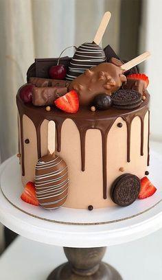 Candy Birthday Cakes, Elegant Birthday Cakes, Beautiful Birthday Cakes, Chocolate Birthday Cake Decoration, Chocolate Drip Cake Birthday, Birthday Cake Designs, Colorful Birthday Cake, Birthday Cake Decorating, Baby Birthday