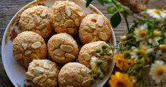 Bom dia!        Quando vi estas cookies  no blog Kitchen Stories não resisti a ir de imediatopara a cozinha e meter as mãos na massa. Sã...