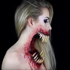 """150.5 mil curtidas, 3,176 comentários - Art Sharing Network (@artistic_unity_) no Instagram: """"Creepy or cool? Amazing sfx makeup by @simple.symphony . . Follow @artistic_unity_ . Tag your…"""""""