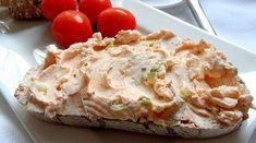 Tvarohová pomazánka s jarní cibulkou Budeme potřebovat: tvaroh, červená mletá paprika, sůl, jarní cibulka, pepř