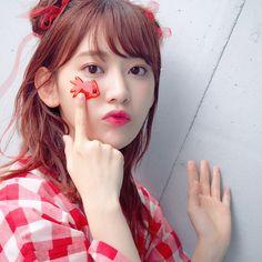 今日の髪型は、らんま1/2のシャンプーちゃんを意識❤️ 後ろめのお団子を二つ作って、リボンを巻いたり垂らしたり〜 可愛く浴衣を着たい時に、シャンプーヘアーおすすめ #shampoo #hair #hairarrange #red #金魚 #❤️ #sakura #sakuramiyawaki
