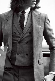 【本気のスーツ】装う男はトゥモローランドのスーツ!絶対に納得の行くラインナップ