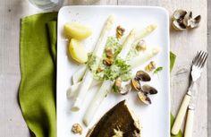 Pladijs met asperges en kokkels, kervelcoulis