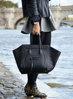Le short-jupe-culotte, ou comment assurer les jours venteux... (Wasted hours)
