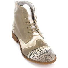 Die leichten Boots von Mustang sind aus einem softig weichem Glattleder in einer Beige-Off-White-Farbkombination gefertigt. Ein besonderer Hingucker ist die, mit einem Print bedruckte, Vorder- bzw. Hinterkappe. • Farbe: Mittelbraun/Offwhite• Obermaterial: Glattleder • Innenmaterial: Ungefüttert• Decksohle: Leder • Sohle: Hochwertiger Kunststoff• Absatz: Ca. 25 mm • Verschluss: Schnürung - Farbe : Beige - Schuhe Damen 80,00 €