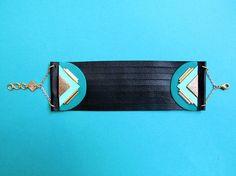 Manchette Hawara en cuir, Bijoux fantaisie, esprit art déco graphique