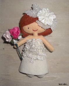 muñeca fieltro novia