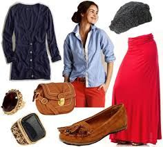 How to Dress for 3 Unexpected Winter Break Occasions - College Fashion Maxi Skirt Outfits, Winter Skirt Outfit, Moccasins Outfit, Fall Jeans, Red Maxi, Flapper Style, Red Pants, Outfit Combinations, College Fashion