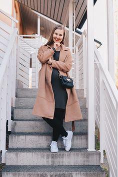 Pregnancy outfit   http://www.monasdailystyle.com/2017/04/21/punainen-huulipuna-vasyneiden-kasvojen-pelastus/