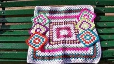Granny love: mantel y posavasos