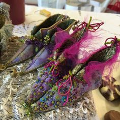 Fabulous pieces by Annette Emms - exquisitely embroidered, miniature Fairy shoes and Pixie boots. Princess Tutu Dresses, Fairy Shoes, Paper Shoes, Elf Shoes, Fantasy Hair, Fantasy Makeup, High Fashion Makeup, Fairy Clothes, Embellished Shoes