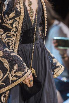 Elie Saab at Couture Fall 2017 - Elie Saab at Couture Fall 2017 - Detai . - Elie Saab at Couture Fall 2017 – Elie Saab at Couture Fall 2017 – Details Runway Photos – - Elie Saab Couture, Dress Couture, Fashion Details, Look Fashion, Trendy Fashion, Womens Fashion, Fashion Trends, High Fashion, Net Fashion
