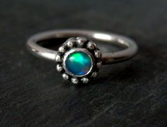 Ethiopian opal ring / October birthstone / Welo opal and sterling ring / modern…