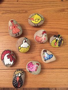 80 Creative DIY Ideas to Make Painted Rock for Easter - Rockindeco Pebble Painting, Pebble Art, Stone Painting, Stone Crafts, Rock Crafts, Arts And Crafts, Chicken Painting, Chicken Art, Rock Painting Ideas Easy