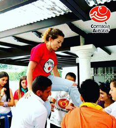 Todo se logra en familia #BonitoSabado #FamiliaClown #SomosMasLosBuenos #ContagiaAlegria