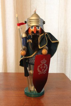 Steinbach Sir Lancelot Nutcracker  West by buttercupsbungalow...