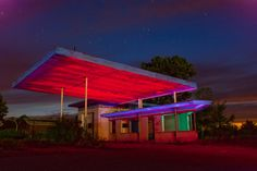 Abandoned gas station along I-35.By Nocturnal Kansas