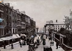 Very bottom of Grafton Street c Dublin Street, Dublin City, Old Pictures, Old Photos, Vintage Photos, Dublin Ireland, Ireland Travel, Grafton Street, Ireland Homes