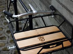 Urban Cycles Porteur. Very nice basket that could double as a passenger seat (uncomfortable though)